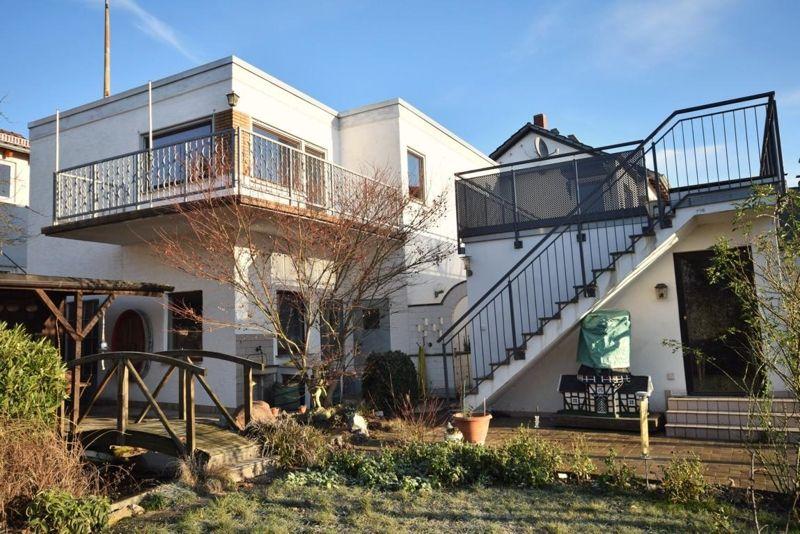Häuser zum Kauf in Oestrich Winkel EIN HAUS TAUSEND